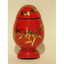 Egg vietnamese lacquered