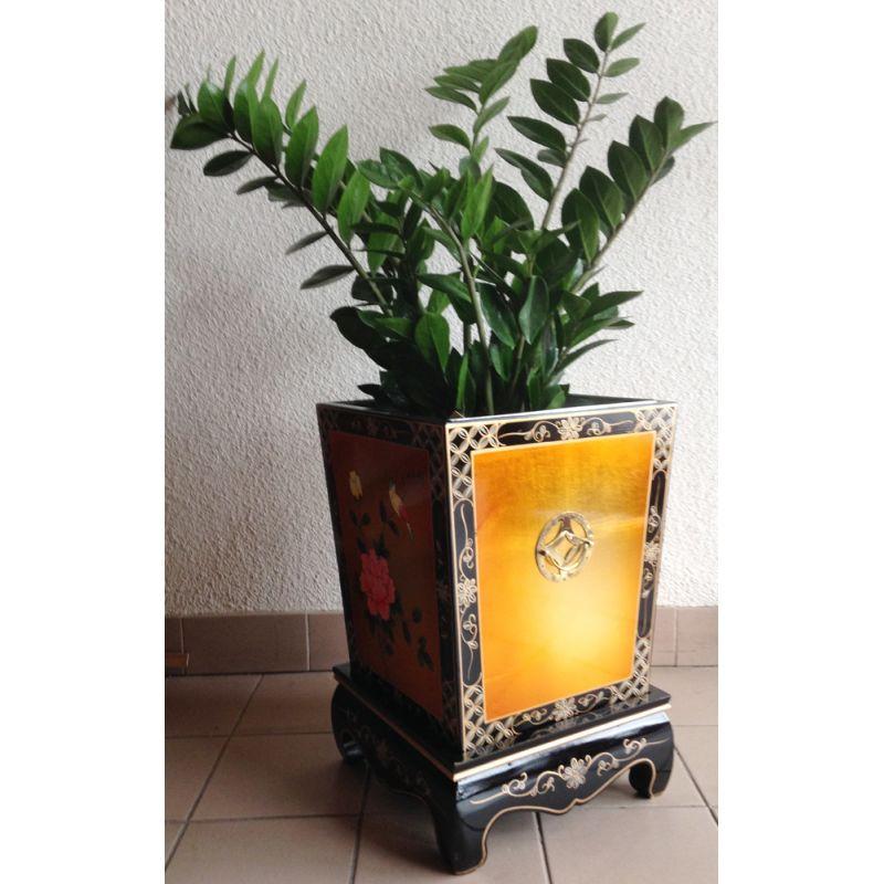 cache pot lacquered vietnamese. Black Bedroom Furniture Sets. Home Design Ideas