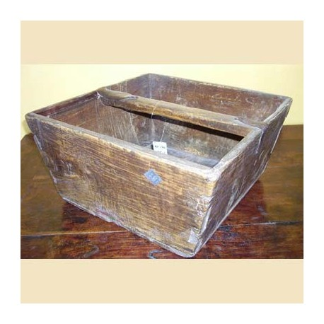 Basket of viet nam for measuring grain